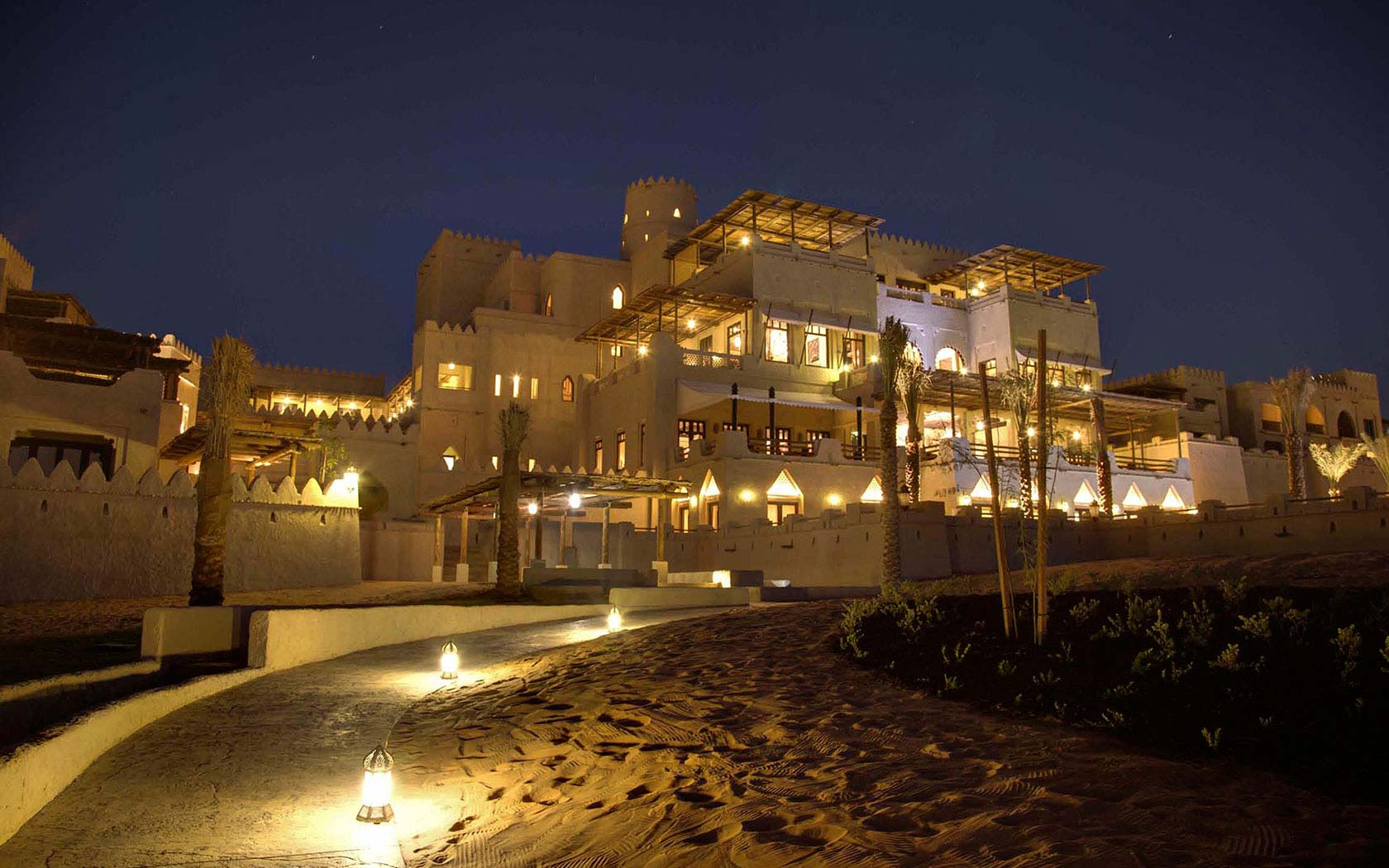 Delta Lighting Solutions Projects Anantara Qasr Al